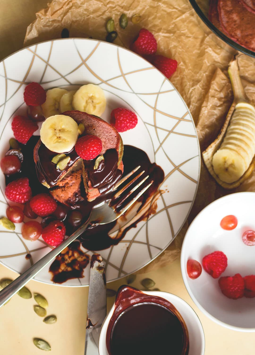 Colorful Pancakes with Chocolate Sauce and Berries - delicious healthy pancake recipe you'll love! Perfect for a family breakfast or Sunday brunch! YUM! | thehealthfulideas.com
