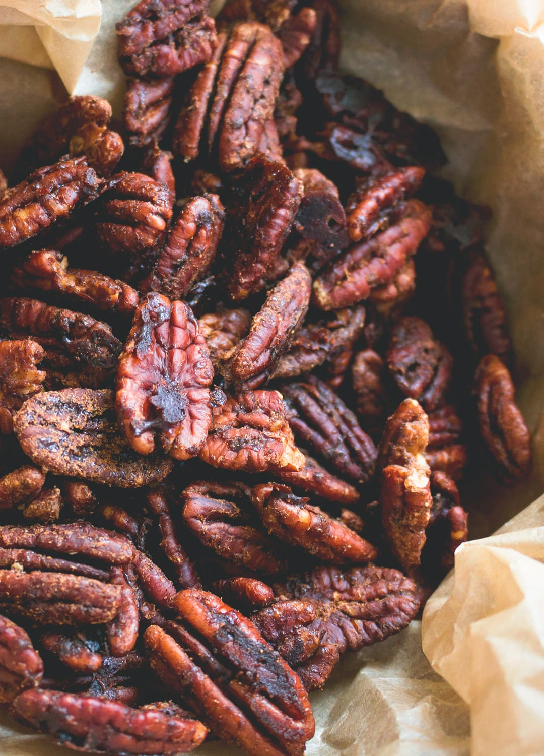 Garam Masala Roasted Pecans - healthy delicious sweet & savory snack. I love this recipe! It's easy to make with only a couple ingredients. Awesome on salads too!   thehealthfulideas.com