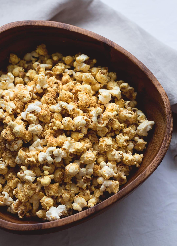 Cheesy Vegan Popcorn | The Healthful Ideas on