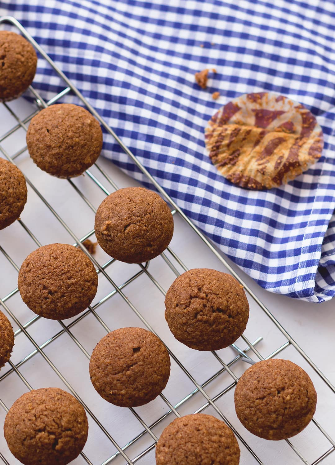 Simple Chai Muffins - a great breakfast for chai tea lovers! They're easy to make, gluten and dairy free, and absolutely devine! You'll want to keep baking chai-spiced food!   thehealthfulideas.com