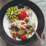 Baobab Orange Chia Pudding - easy summer tropical breakfast for when you're on the go. I LOVE this chia pudding. Chia seeds, orange juice, baobab, almond milk, and a ton of toppings! | thehealthfulideas.com