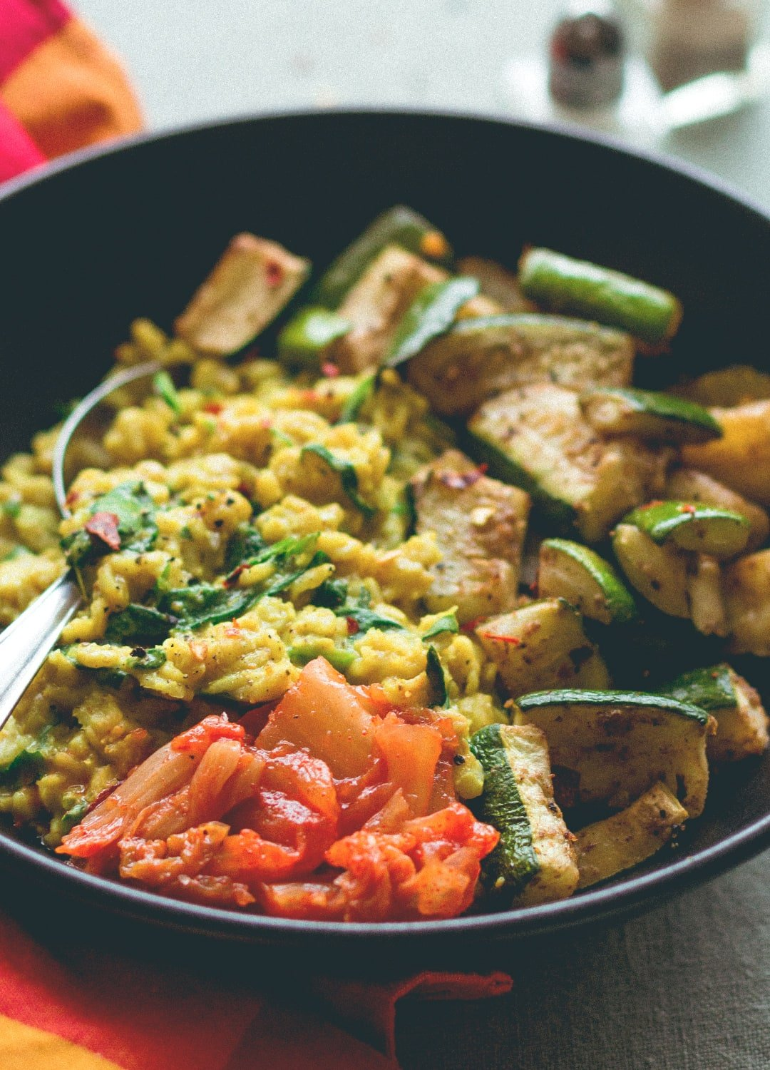 Curry Oatmeal with Roasted Zucchini - savory take on regular oatmeal. SO delicious! Creamy, savory, hearty, comforting, and really satisfying. | thehealthfulideas.com