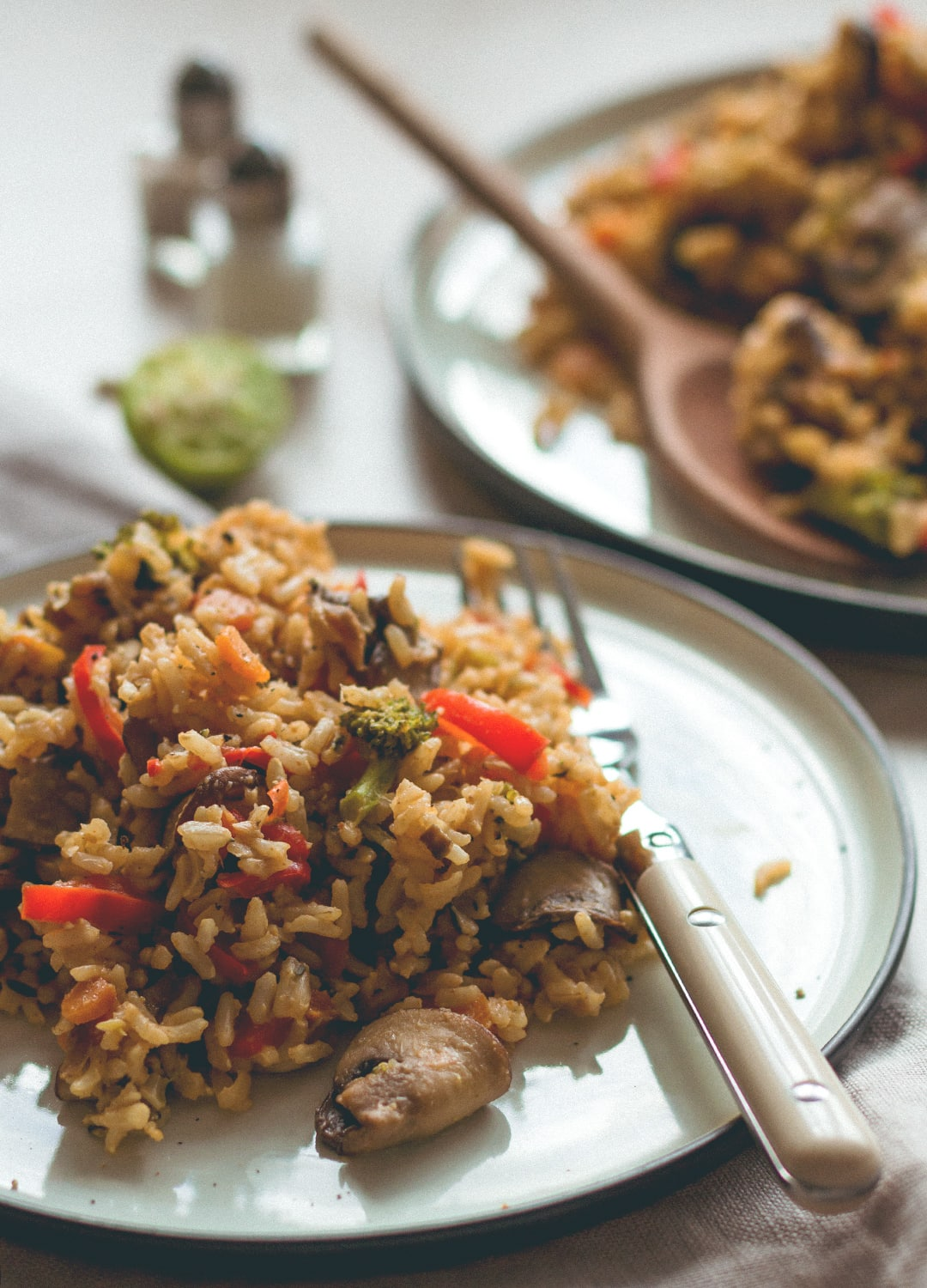 Loaded Veggie Fried Rice - the most comforting, filling, hearty recipe. Made with brown rice, mushrooms, veggies, spices, and tamari almond butter dressing. (vegan, GF) | thehealthfulideas.com