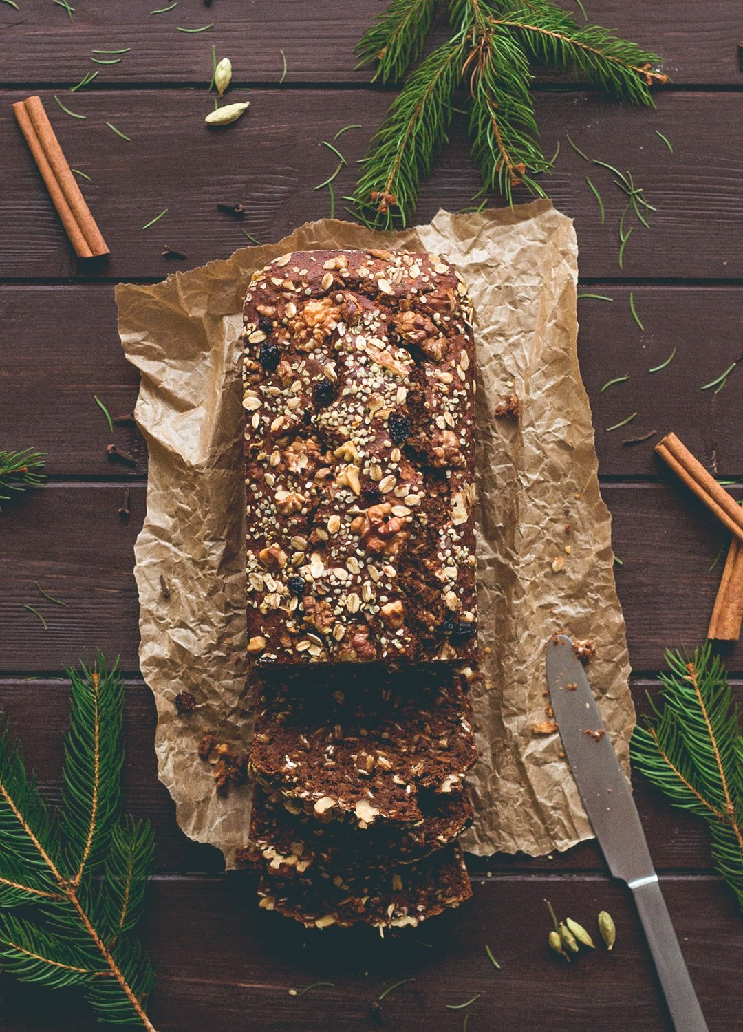 Gingerbread Banana Bread (vegan, GF) - the most delicious, comforting, healthy, and festive banana bread! I love this recipe. It's the perfect breakfast for Christmas Day morning. | thehealthfulideas.com