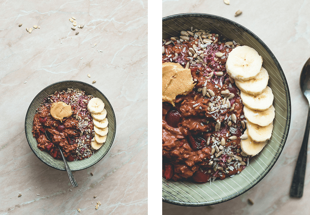 Sour Cherry Chocolate Oatmeal - this oatmeal is creamy, decadent, and chocolatey. It's like having dessert for breakfast, you'll love this recipe. Simply, easy to make & delicious. | thehealthfulideas.com