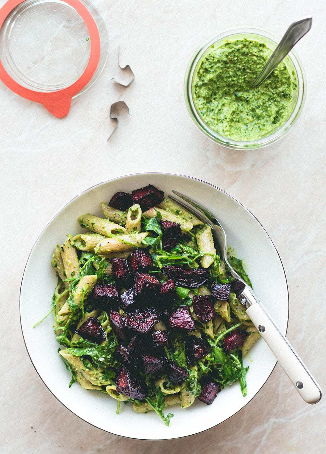 Arugula Basil Pesto Pasta (vegan, gf) - delicious garden pesto served with gluten-free brown rice pasta and easy to make roasted beets. Delicious and easy pasta recipe! | thehealthfulideas.com