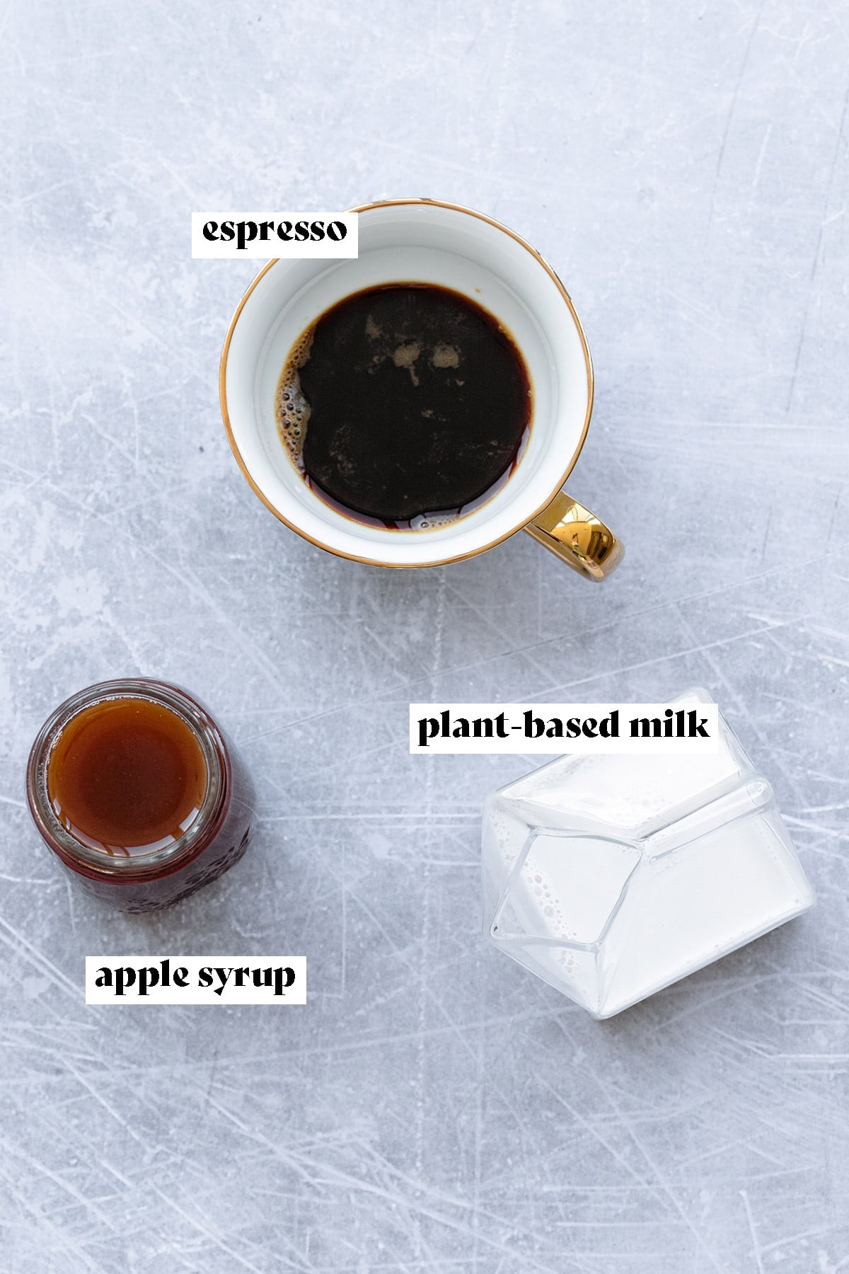 Ingredients for iced apple crisp macchiato